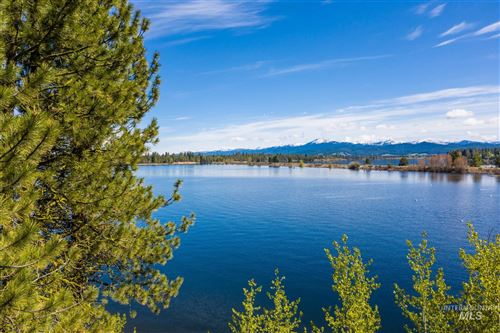 Photo of 168 Shadows Trail, Donnelly, ID 83615 (MLS # 98768440)