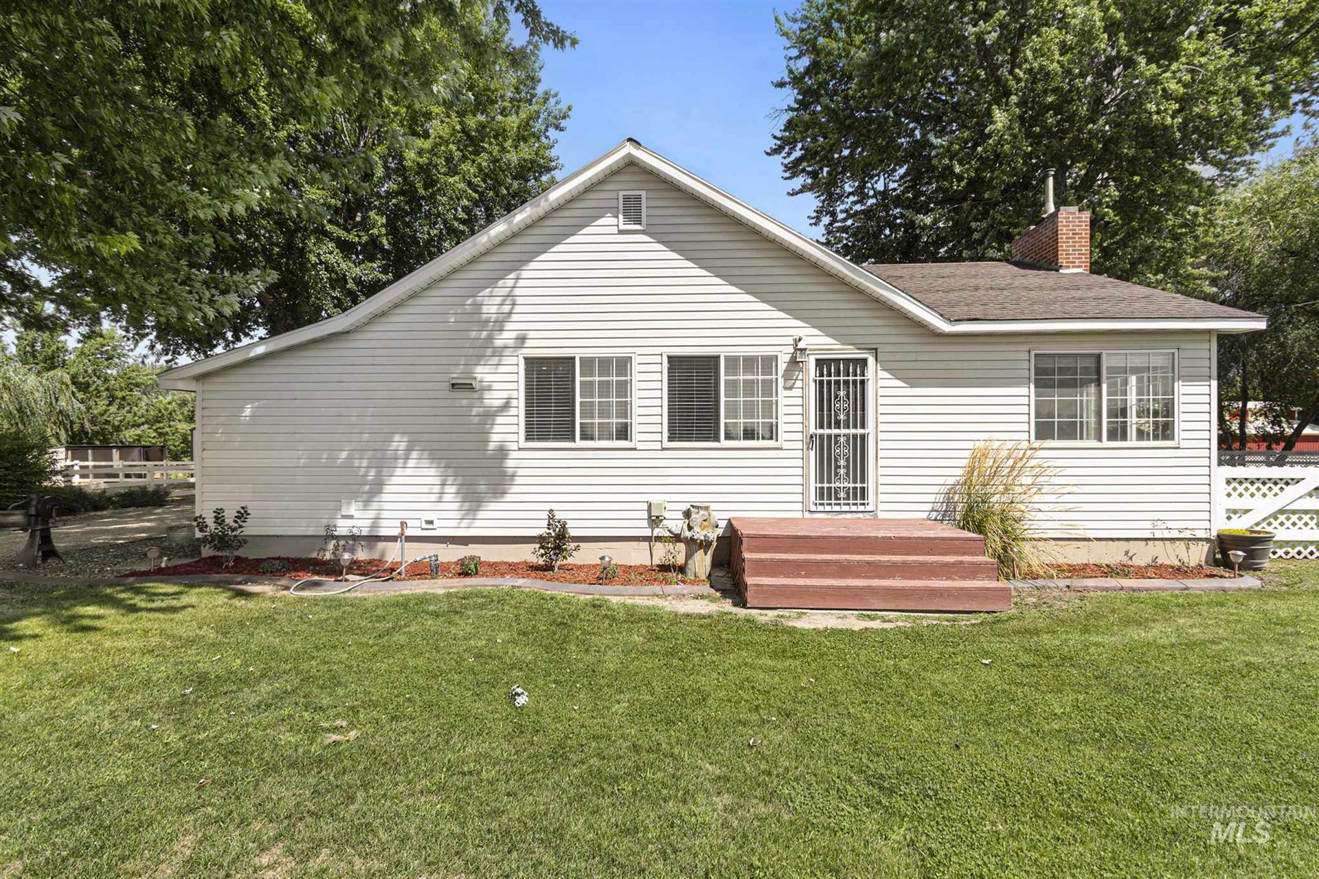 Photo of 22998 Lansing, Middleton, ID 83644-5630 (MLS # 98776443)