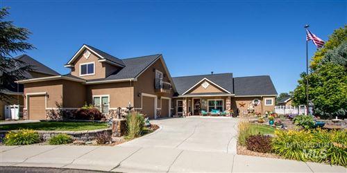 Photo of 3383 N Boulder Creek, Meridian, ID 83646 (MLS # 98772444)