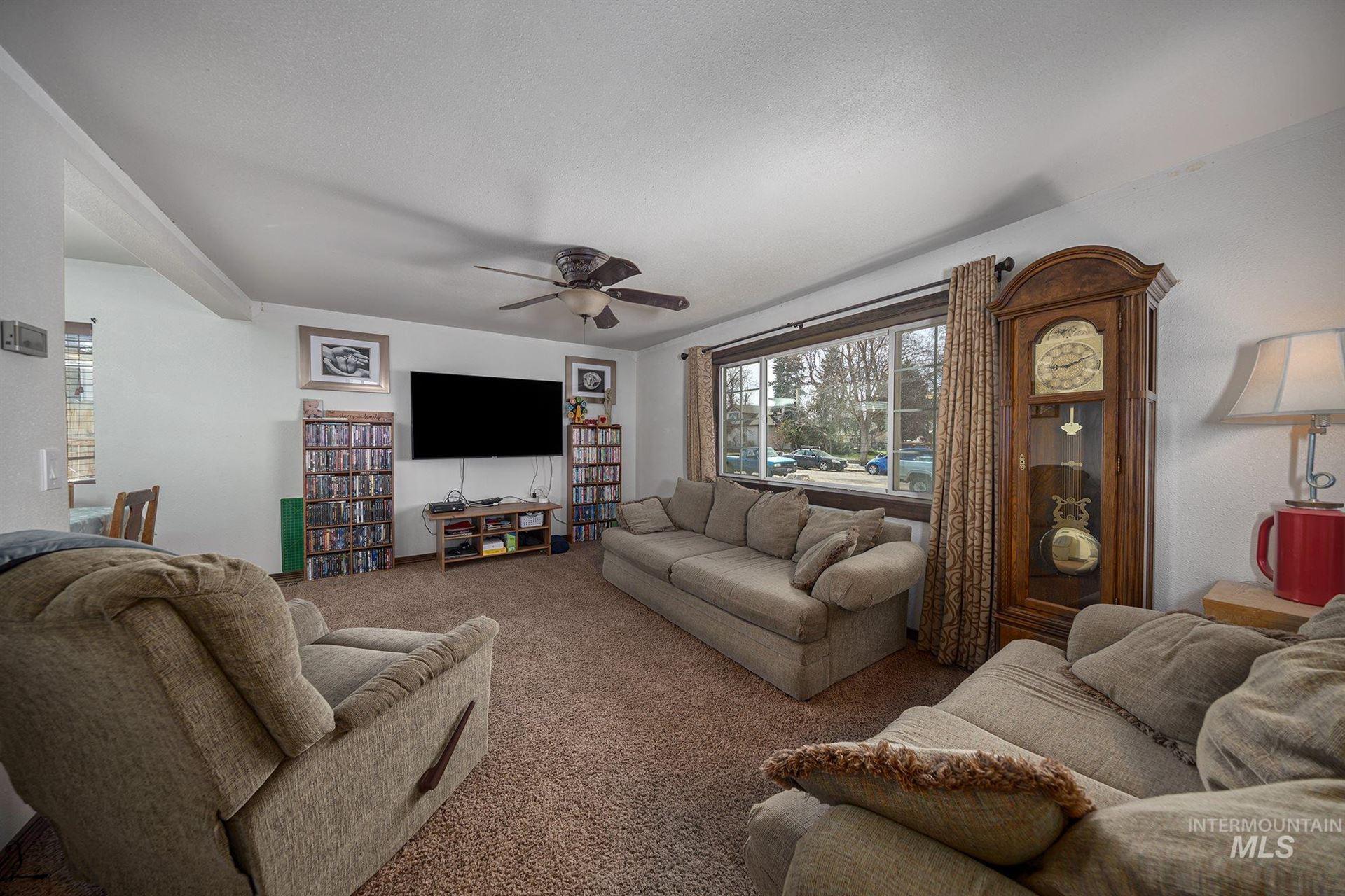 Photo of 1034 W 3rd Street, Weiser, ID 83672 (MLS # 98798449)