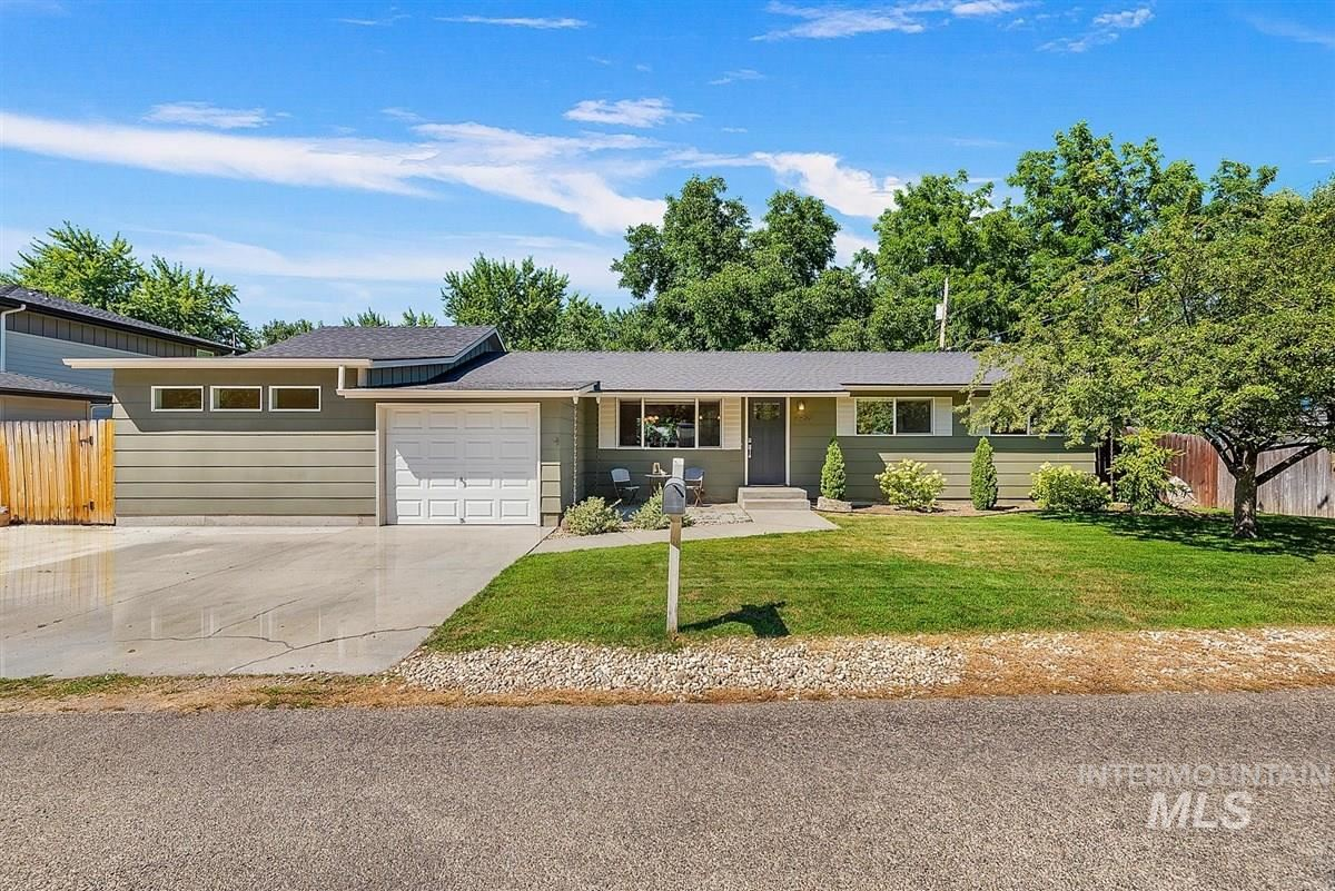 Photo of 2950 W Bellomy Ln., Boise, ID 83703 (MLS # 98776450)