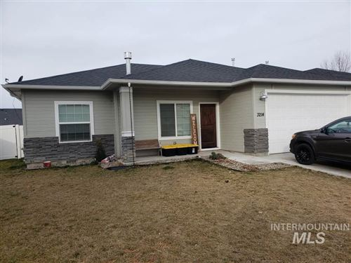 Photo of 3214 Airport Avenue, Caldwell, ID 83605 (MLS # 98757469)