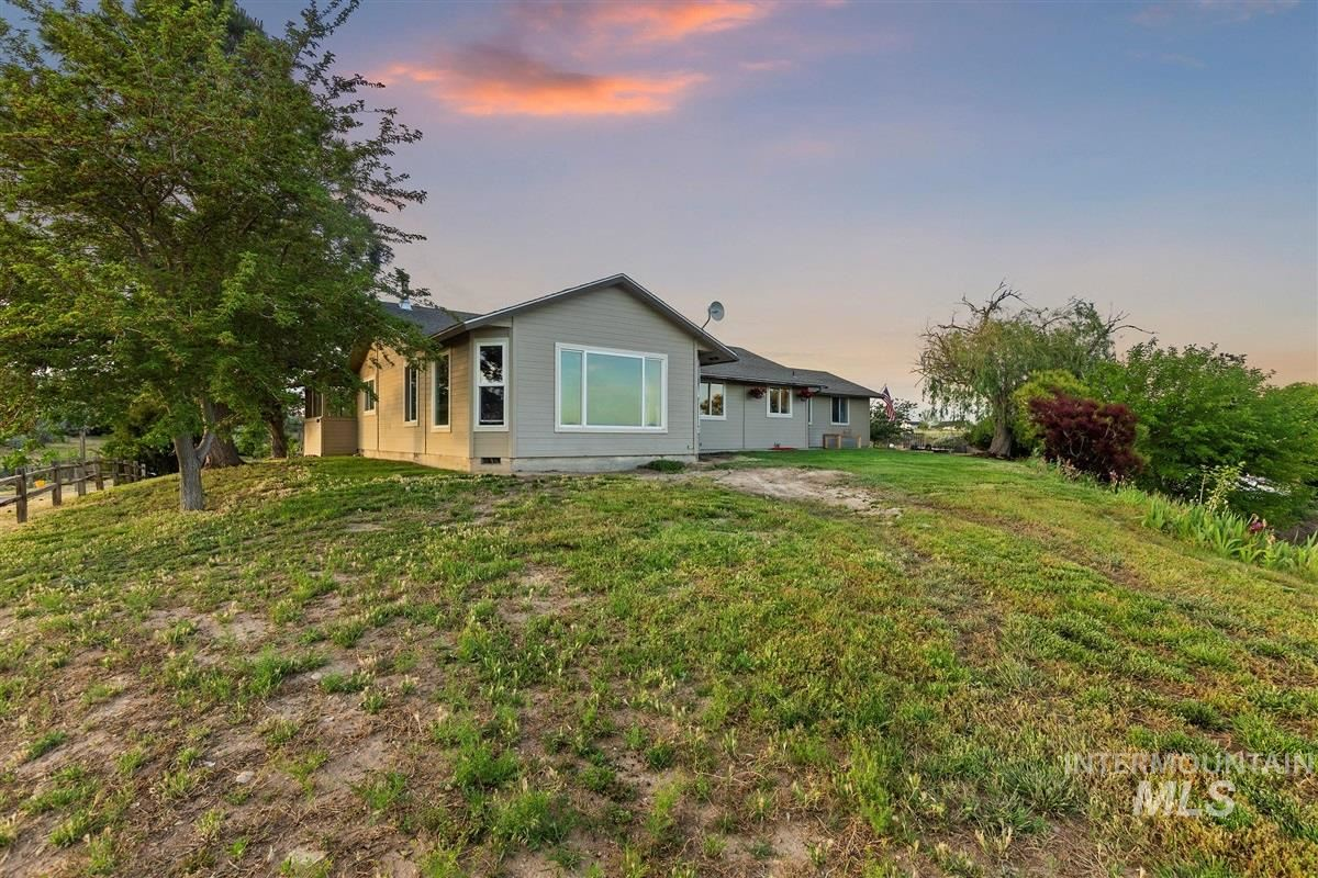 Photo of 8950 Foothill Rd, Middleton, ID 83644 (MLS # 98768480)