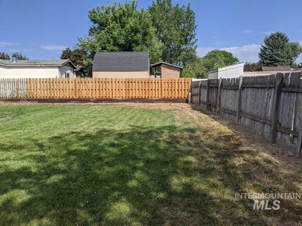 Photo of 311 J Ave E, Jerome, ID 83338 (MLS # 98776481)