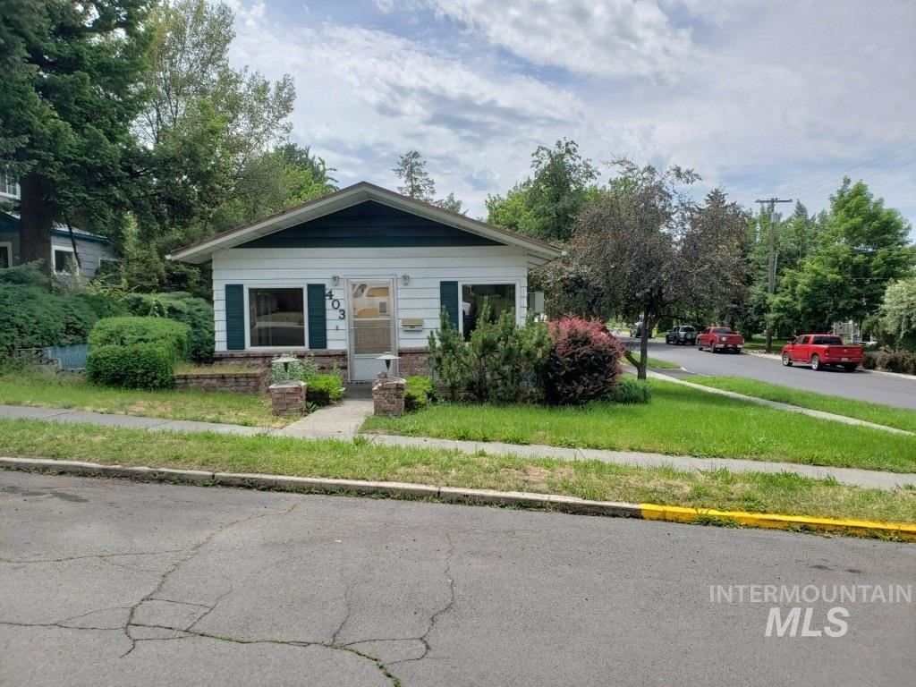 Photo of 403 Lewis, Moscow, ID 83843 (MLS # 98771482)
