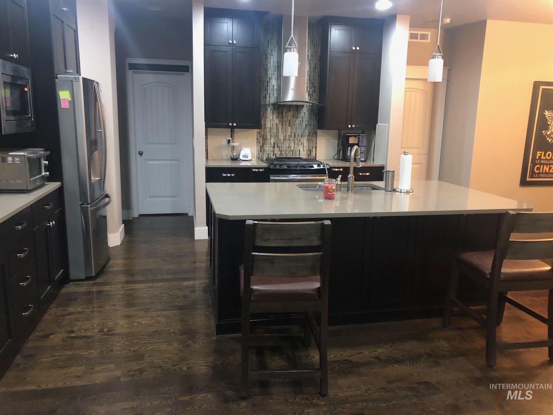 Photo of 605 Smithwick Rd, Twin Falls, ID 83301 (MLS # 98791485)