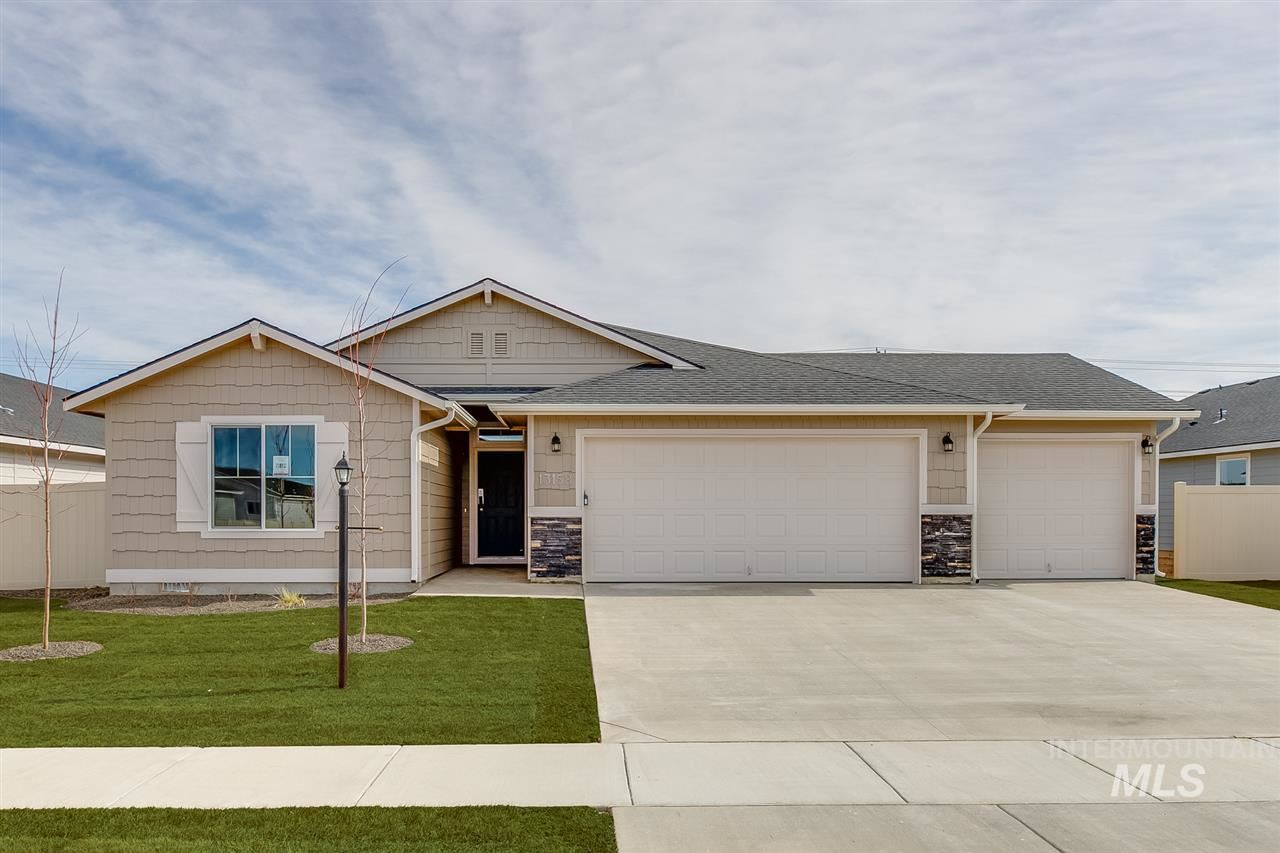 1881 SW Challis Dr, Mountain Home, ID 83647 - MLS#: 98762486