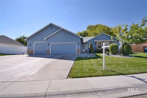 Photo of 507 Meadowbrook Dr, Nampa, ID 83686 (MLS # 98820487)