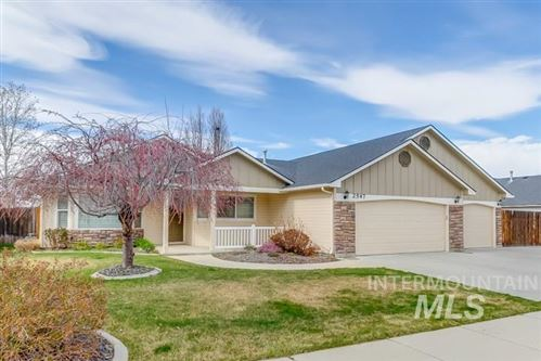 Photo of 2547 W Whitelaw Dr, Meridian, ID 83646 (MLS # 98762490)