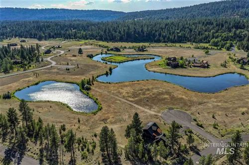 Photo of 68 Fawnlilly Dr, McCall, ID 83638 (MLS # 98753491)