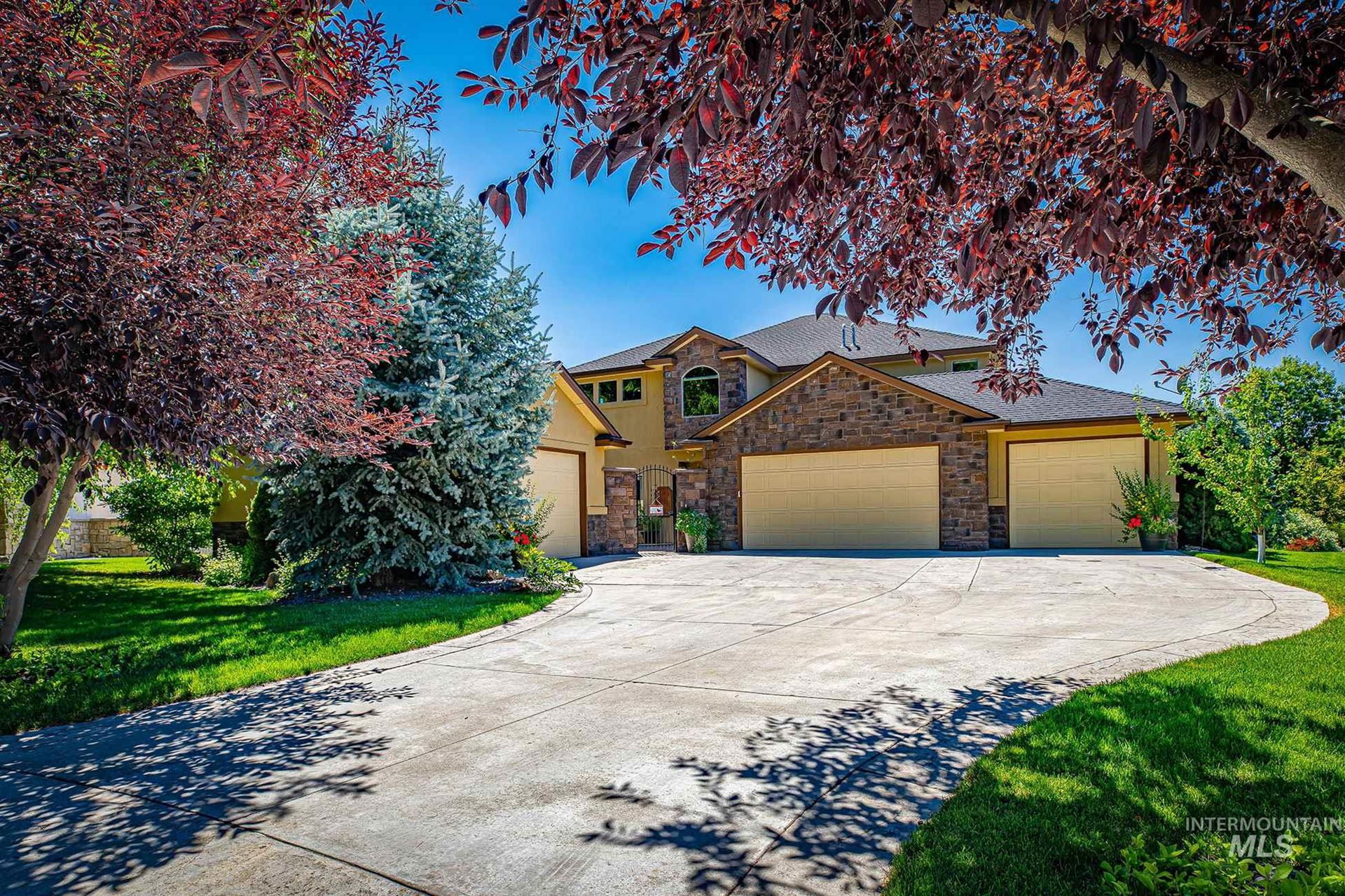 Photo of 1398 W Overlake, Eagle, ID 83616 (MLS # 98776491)