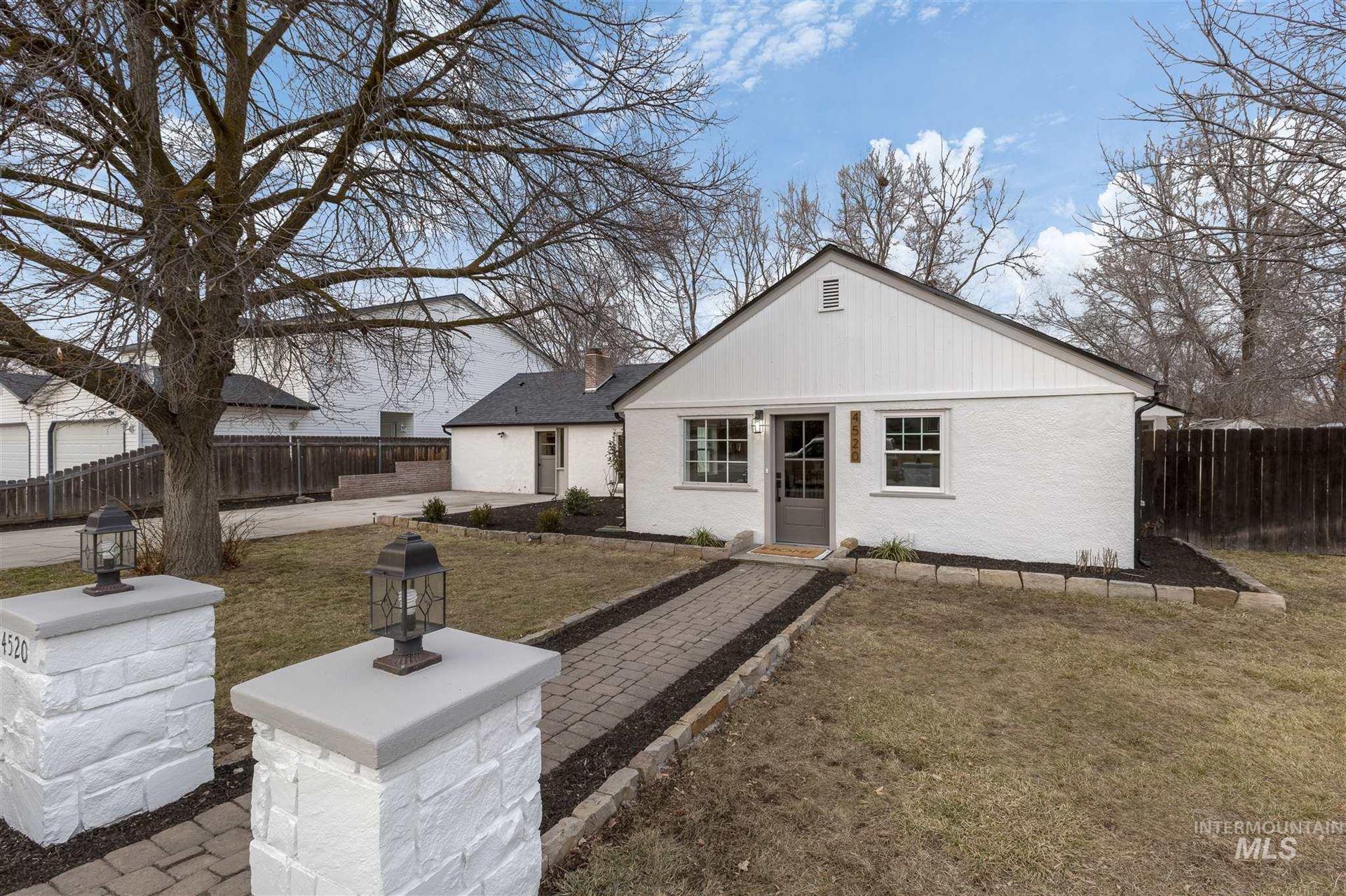 Photo of 4520 W Kootenai St, Boise, ID 83705 (MLS # 98791491)