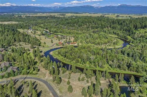 Photo of 70 Fawnlilly Dr., McCall, ID 83638 (MLS # 98753492)