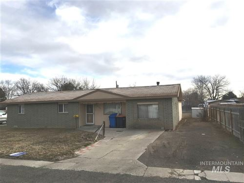 Photo of 930 Bracken Street N, Twin Falls, ID 83301 (MLS # 98757497)