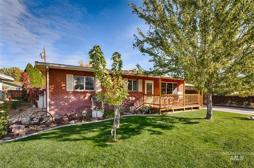 Photo of 1716 E Lincoln Ave, Nampa, ID 83686-7381 (MLS # 98822507)
