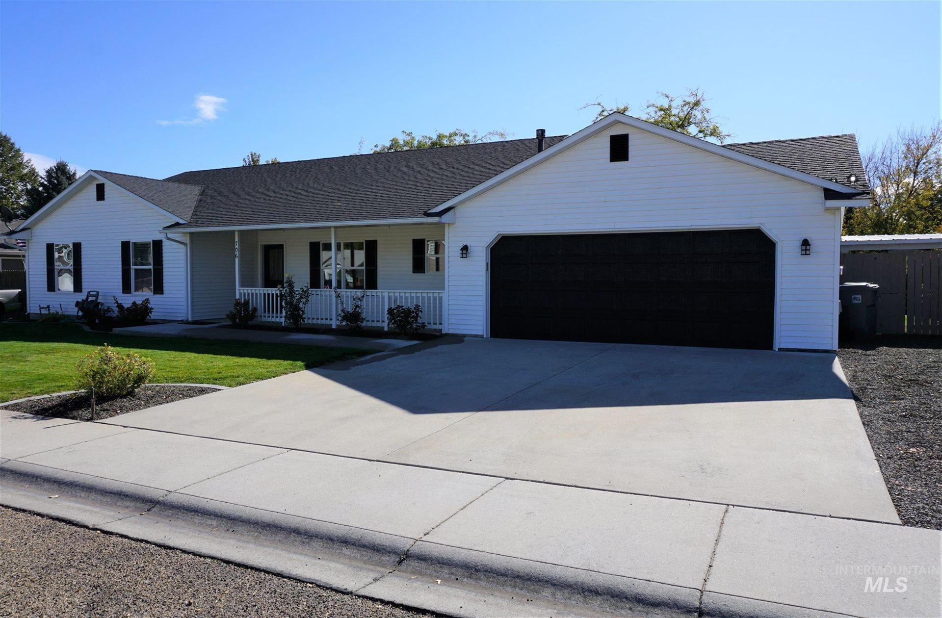 Photo of 706 Chaparro St, Caldwell, ID 83605 (MLS # 98784507)