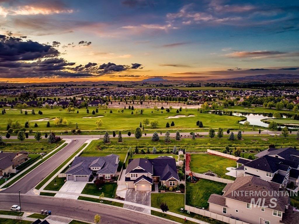 Photo of 5368 W Saguaro Drive, Eagle, ID 83616 (MLS # 98772521)