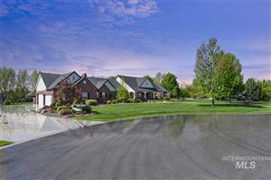 Photo of 2217 W Autumn Crest Ct, Eagle, ID 83616 (MLS # 98711530)