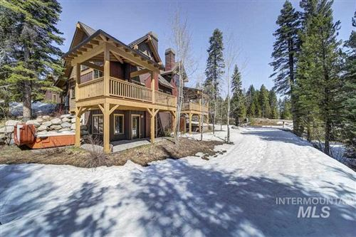 Photo of 9 Golden Bar, Donnelly, ID 83615 (MLS # 98764530)