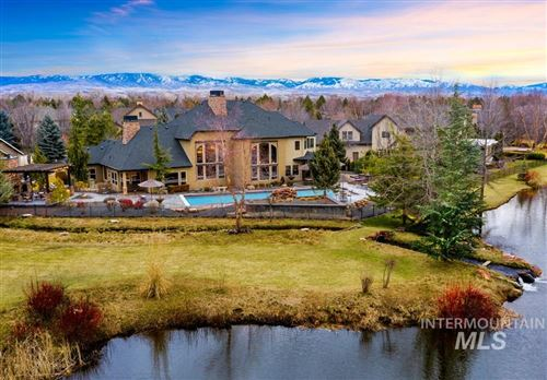 Photo of 633 W Water Grove Dr, Eagle, ID 83616 (MLS # 98792536)
