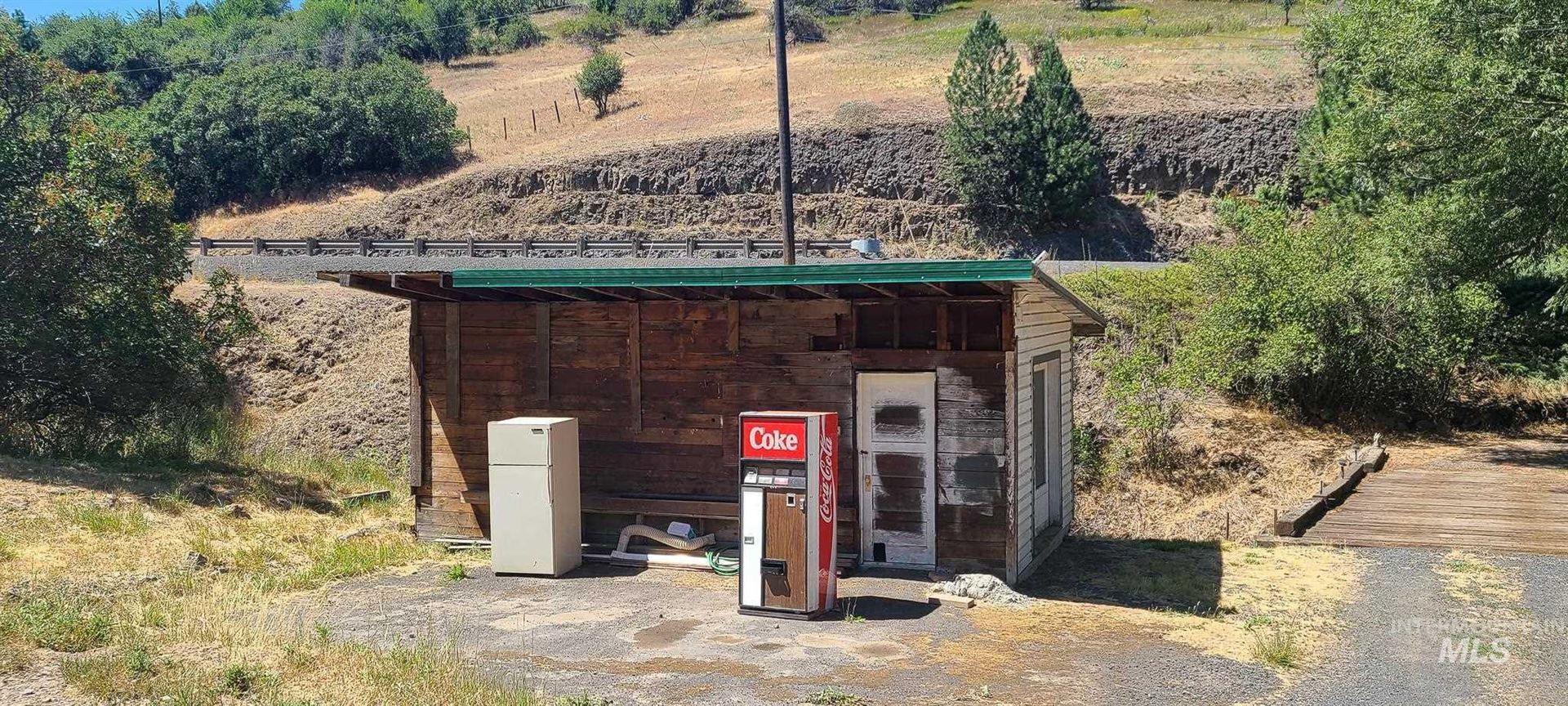 Photo of 36001 State Route 195, Colfax, WA 99111 (MLS # 98811536)