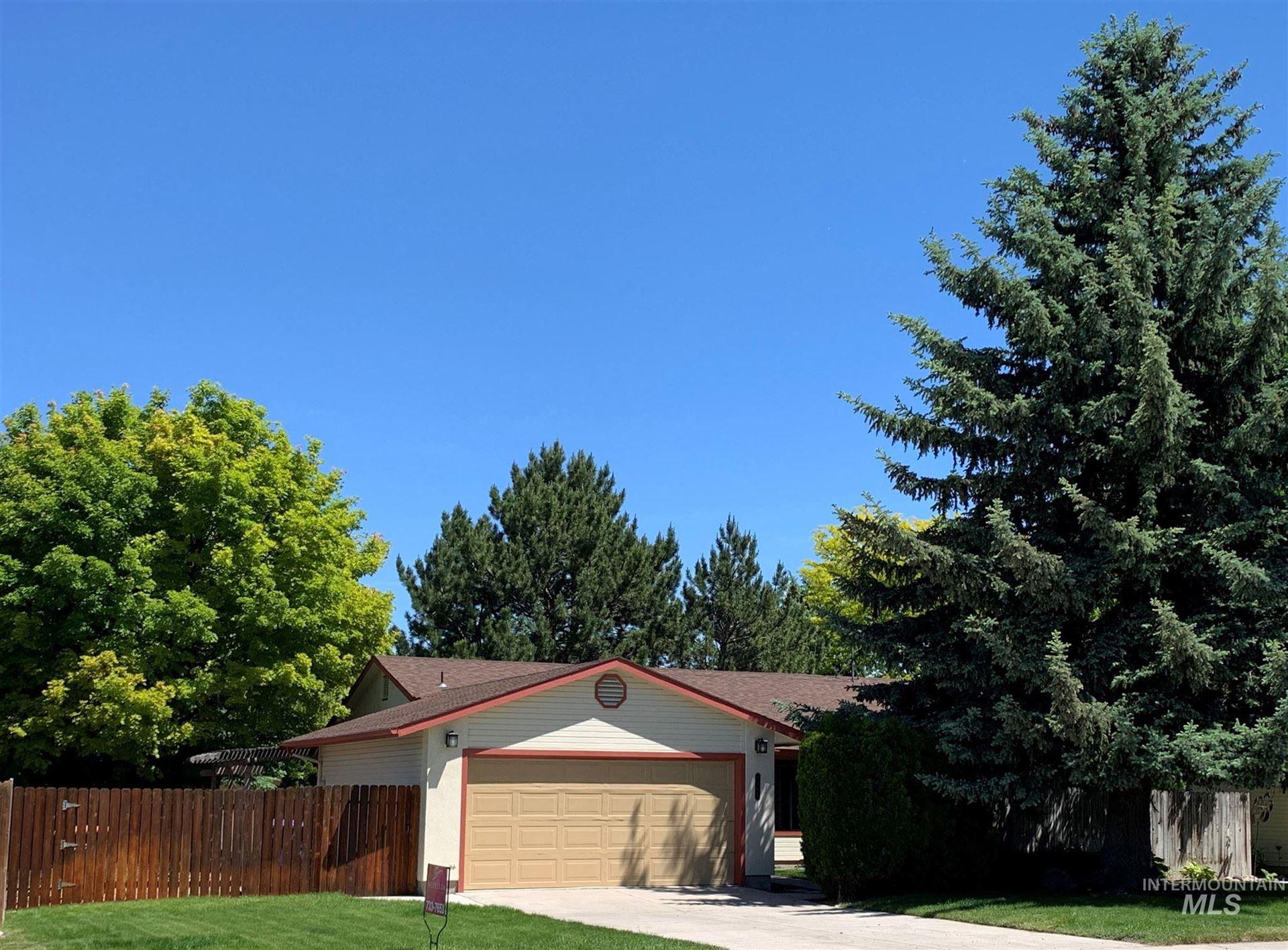 Photo of 2165 Falls Avenue E, Twin Falls, ID 83301 (MLS # 98768537)