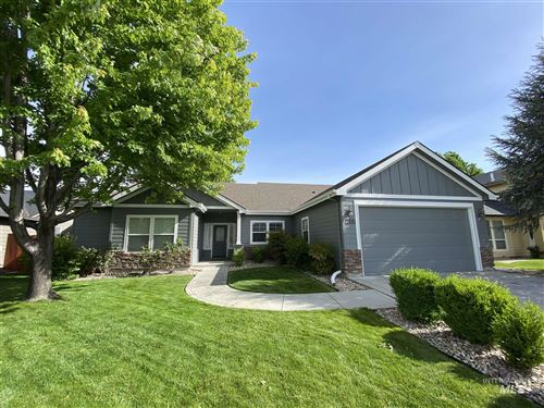 Photo of 2300 E Summer Dawn Dr, Meridian, ID 83646 (MLS # 98767545)