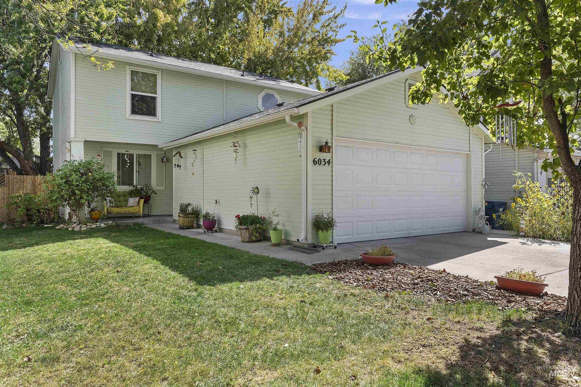 Photo of 6034 N Brook Pl, Garden City, ID 83714-1271 (MLS # 98819561)