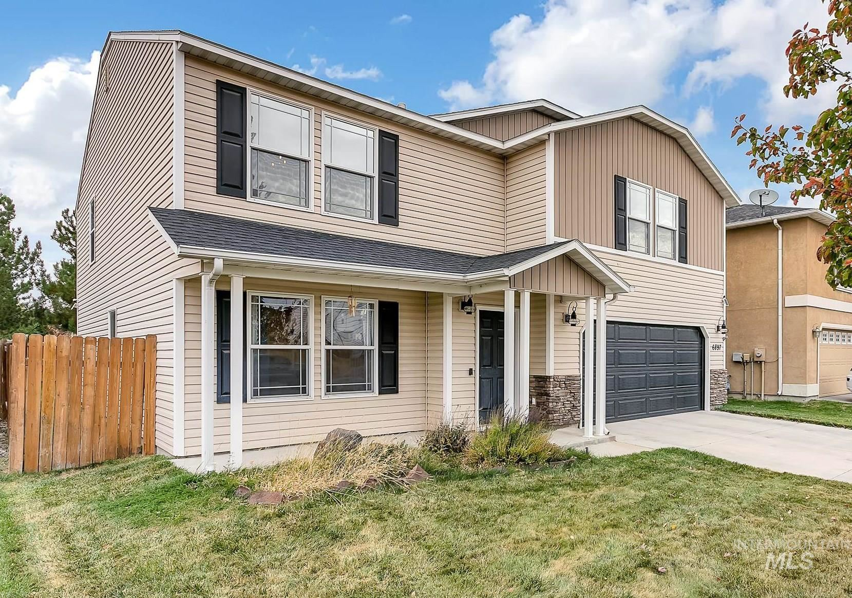 Photo of 6897 S Loganberry Way, Boise, ID 83709 (MLS # 98823564)