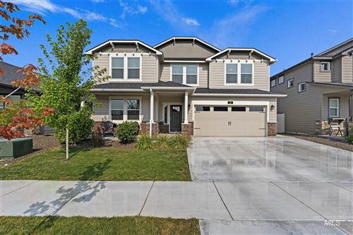 Photo of 21 N Wooddale Ave, Eagle, ID 83616 (MLS # 98809572)