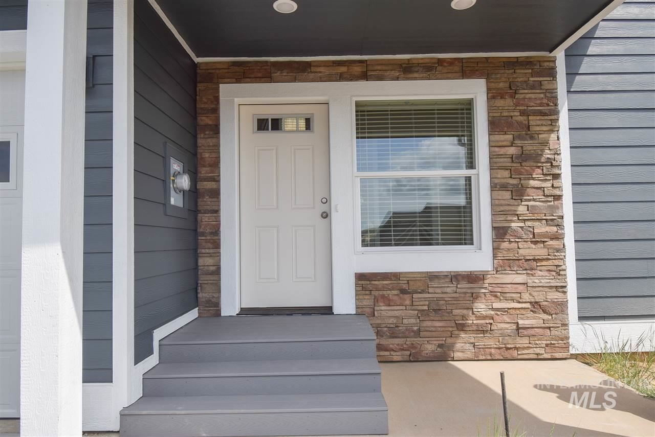 Photo of 412 Conestoga Dr, Moscow, ID 83843 (MLS # 98767575)