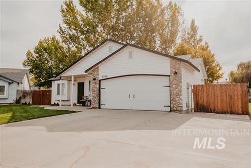 Photo of 7789 E Mountain Oak Drive, Nampa, ID 83687 (MLS # 98822576)