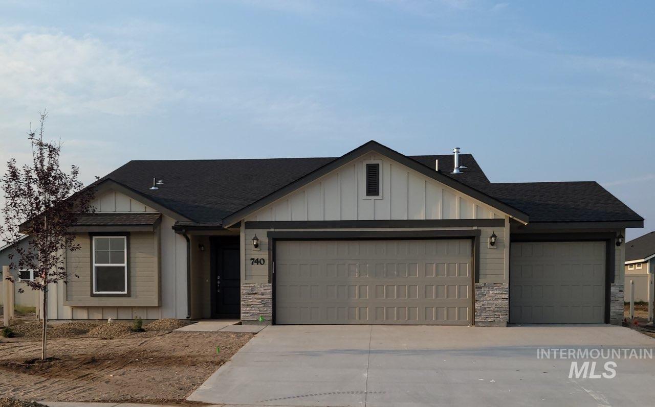 740 SW Raelynn St., Mountain Home, ID 83647 - MLS#: 98808578