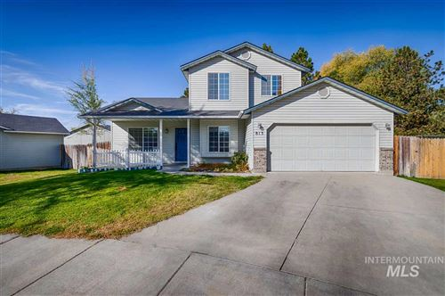 Photo of 813 NW 9th Pl, Meridian, ID 83642 (MLS # 98757580)