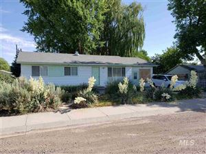 Photo of 230 4th Avenue East, Wendell, ID 83355 (MLS # 98741581)