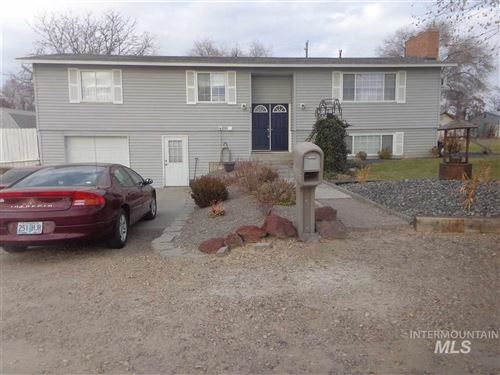 Photo of 810 Bower, Nyssa, OR 97913 (MLS # 98750582)