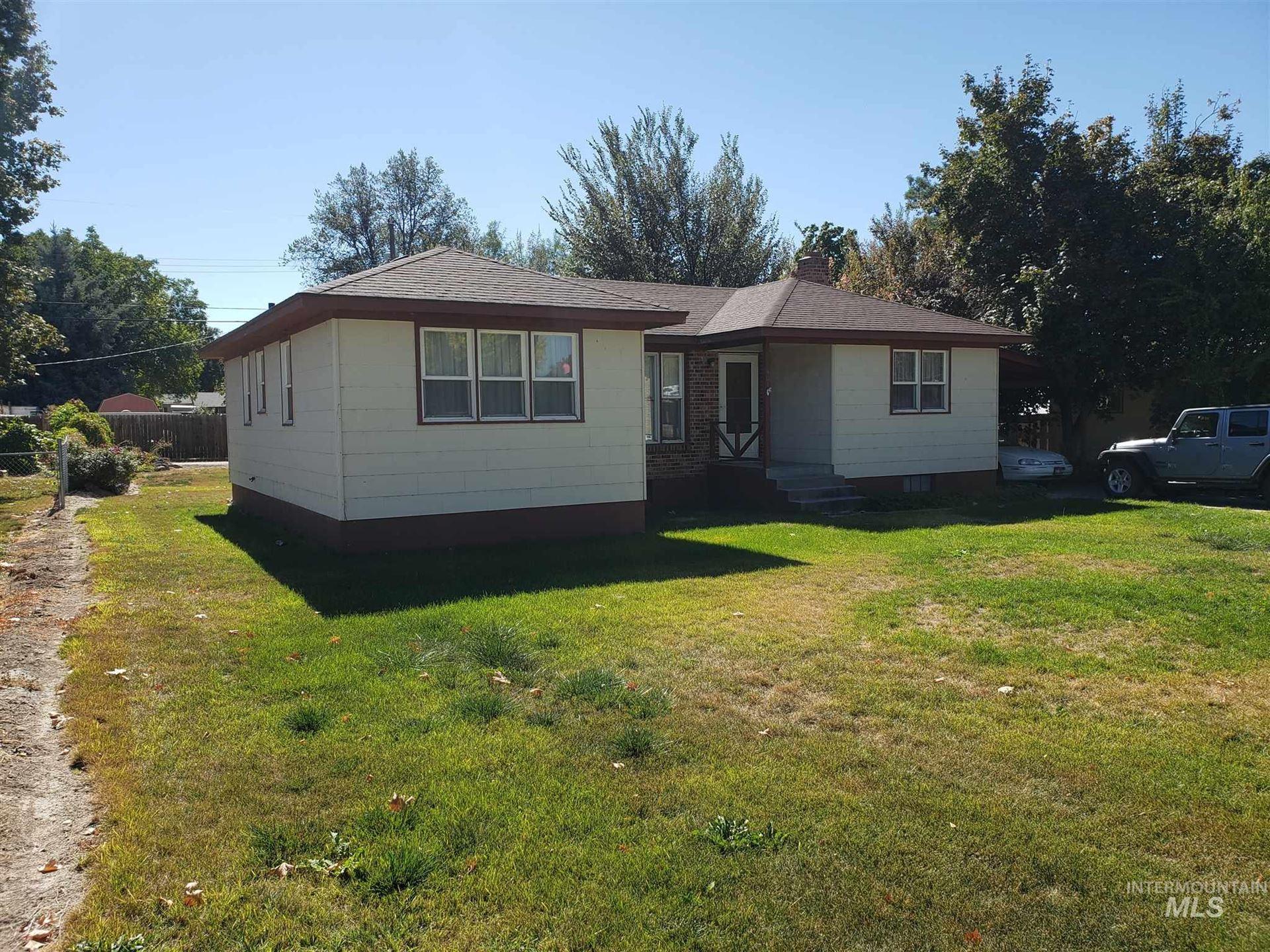 Photo of 401 W Hazel St., Caldwell, ID 83605 (MLS # 98782583)