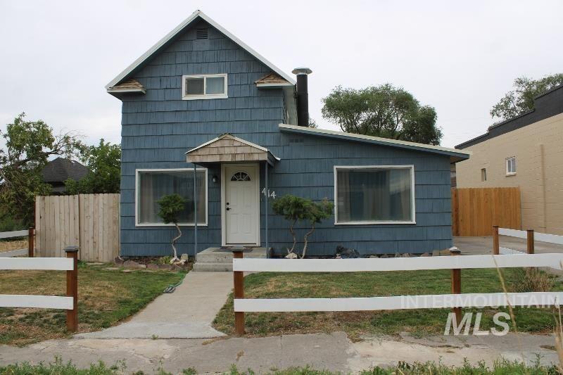 Photo of 414 4th Ave W, Twin Falls, ID 83301 (MLS # 98811583)