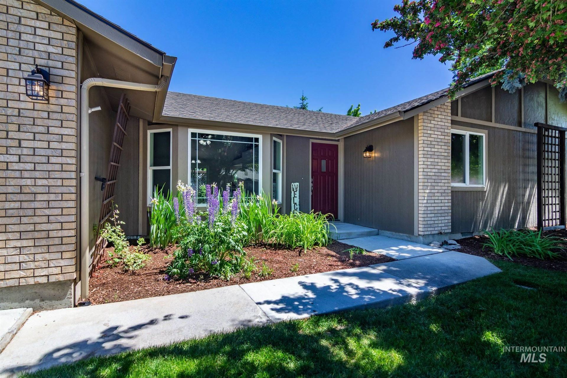 Photo of 3306 N Tylerson Ave, Boise, ID 83713 (MLS # 98768595)