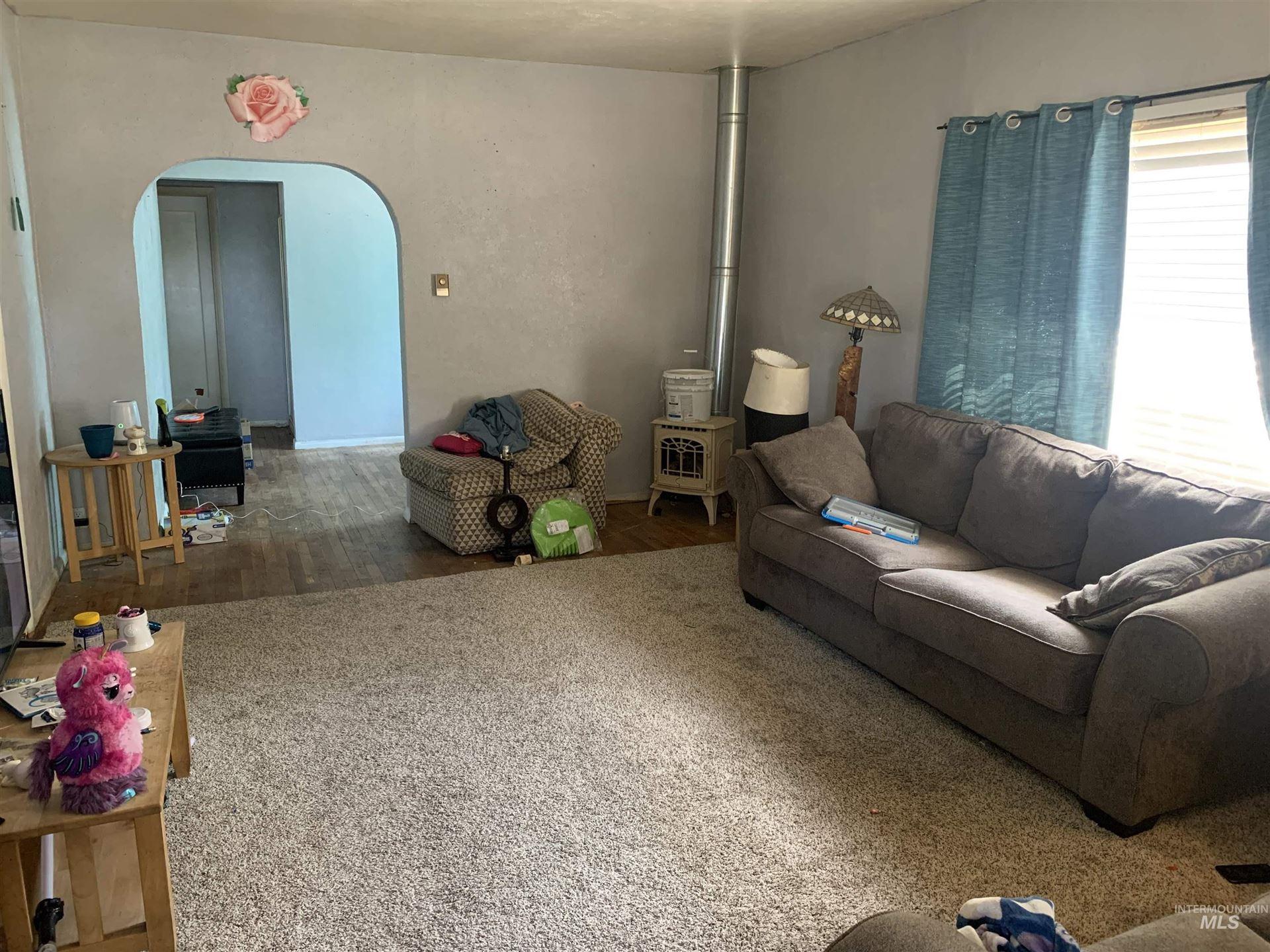 Photo of 458 Nebraska Street, Gooding, ID 83330 (MLS # 98814600)