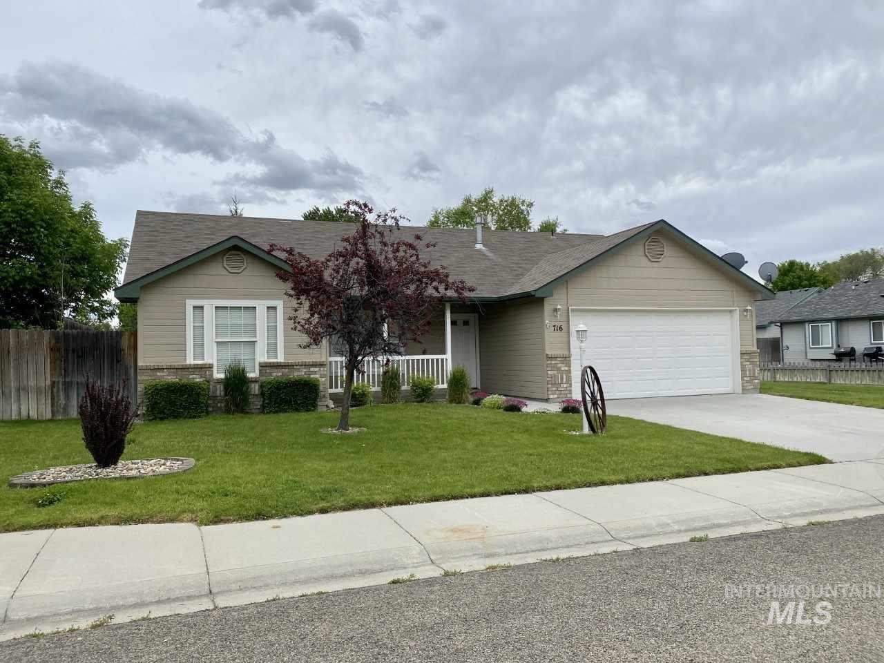 Photo of 716 N Celeste Ave, Star, ID 83669 (MLS # 98766601)