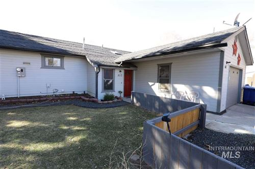 Photo of 807 E Ave. H, Jerome, ID 83338 (MLS # 98760608)