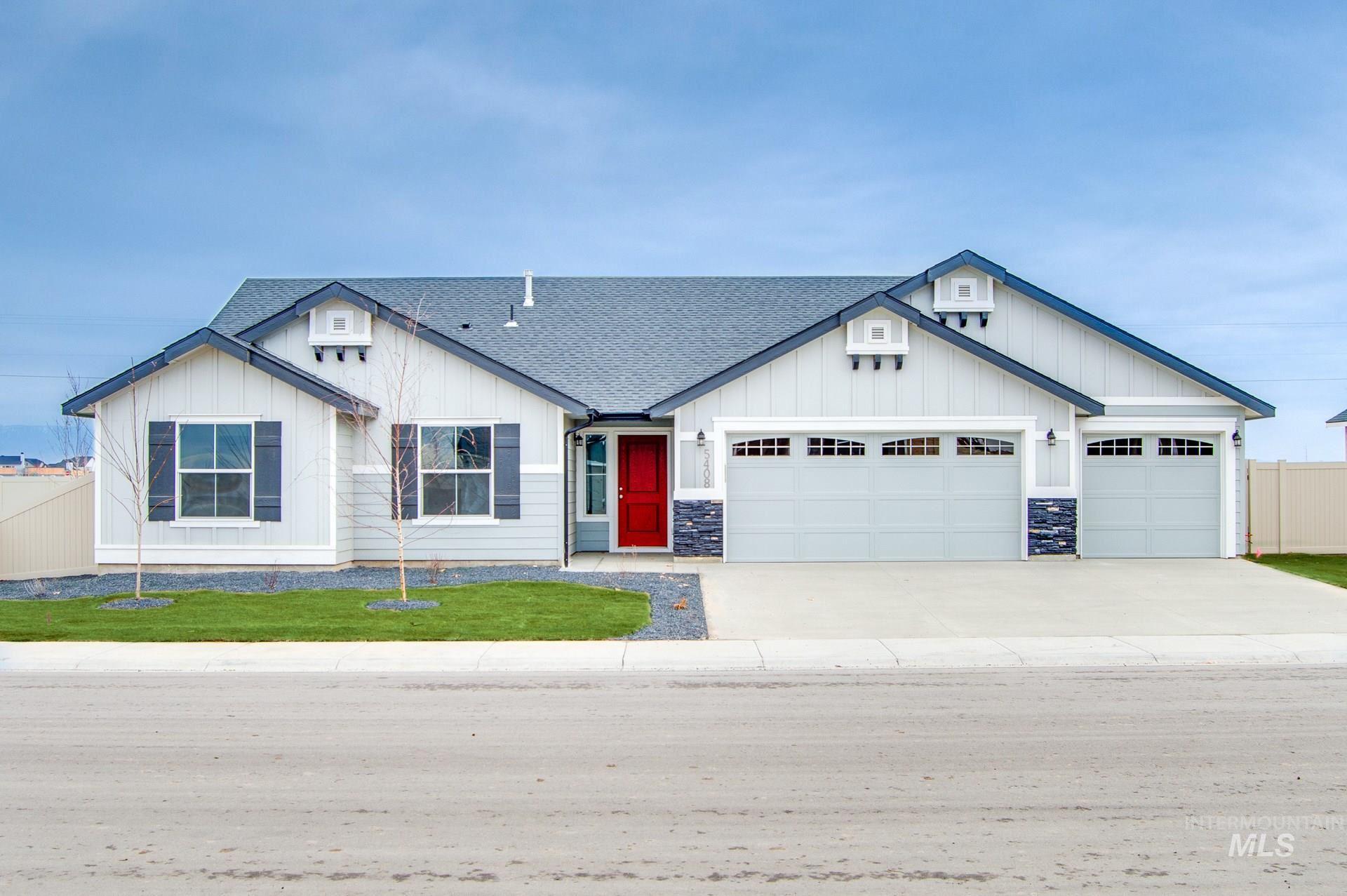 Photo of 1710 SW Gabar Ct, Mountain Home, ID 83647 (MLS # 98798610)