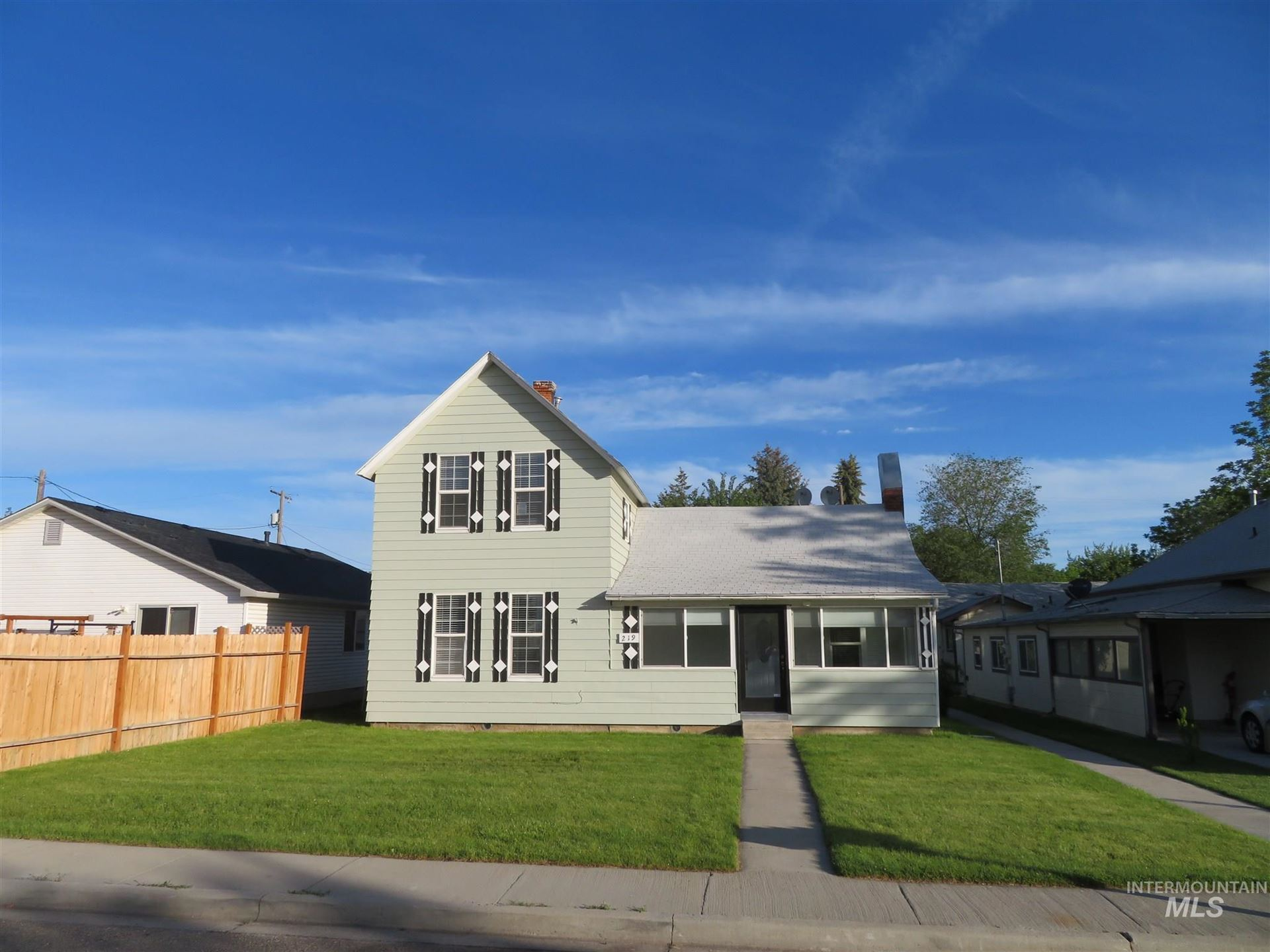 219 & 221 24th Ave S, Nampa, ID 83651-4473 - MLS#: 98775613