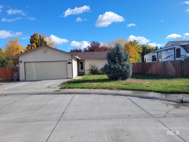 Photo of 1550 Magnolia, Mountain Home, ID 83647 (MLS # 98823632)
