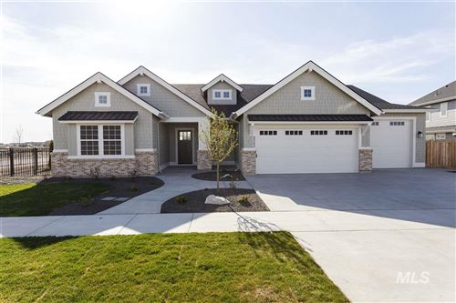 Photo of 2303 N Fountainhead Way, Eagle, ID 83616 (MLS # 98754635)