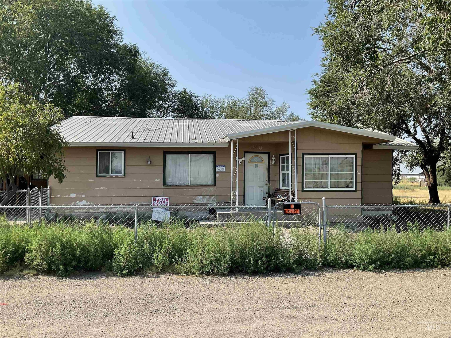 Photo of 1240 NW 22nd, Ontario, OR 97914 (MLS # 98818635)