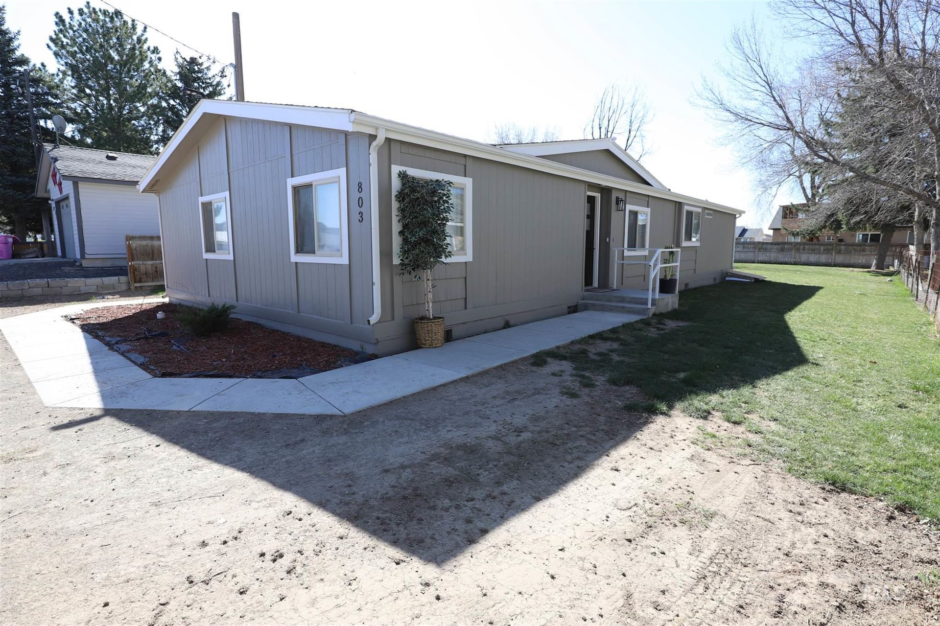 Photo of 803 E Ave. H, Jerome, ID 83338 (MLS # 98798640)