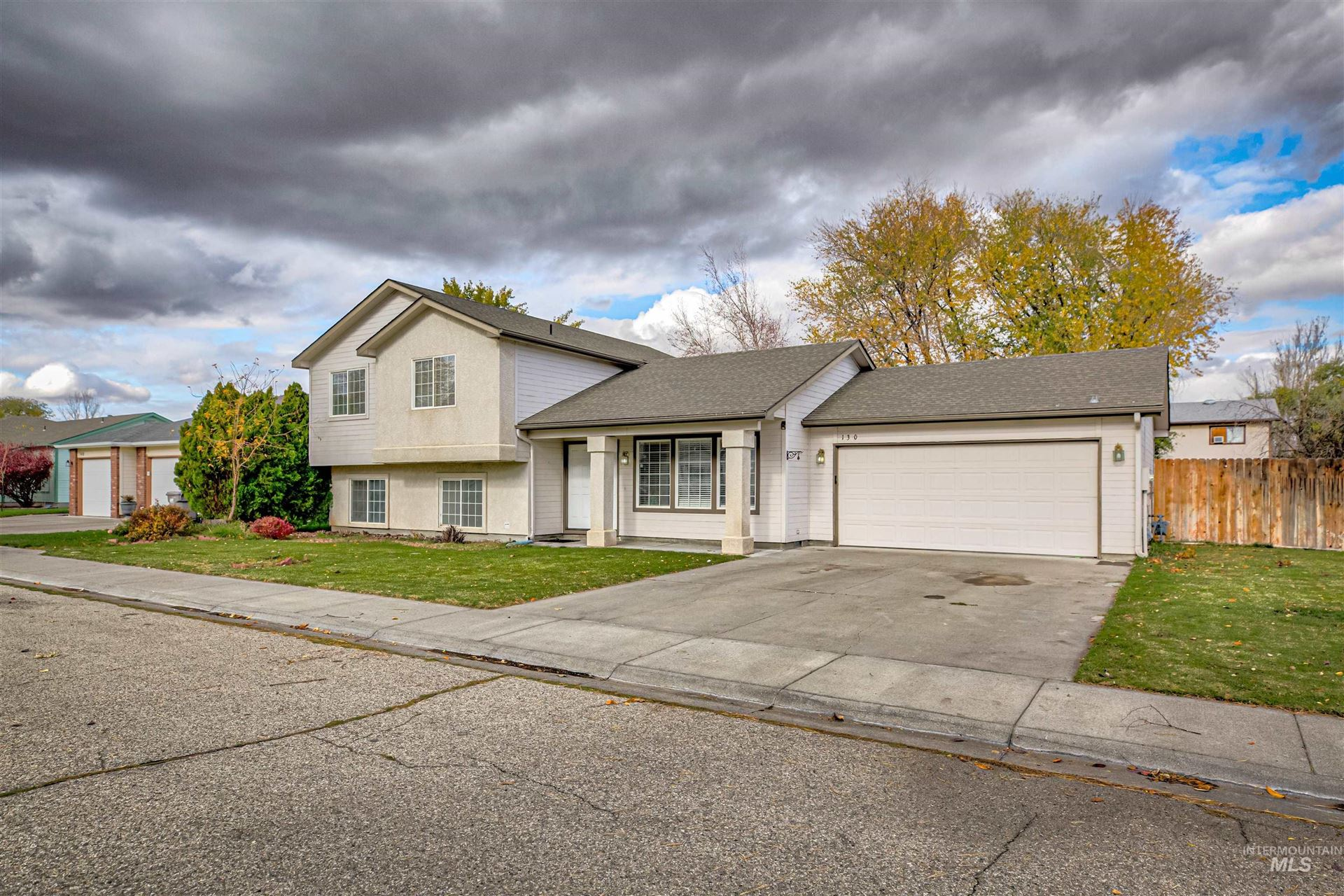 Photo of 130 War Eagle Dr, Mountain Home, ID 83647 (MLS # 98823646)