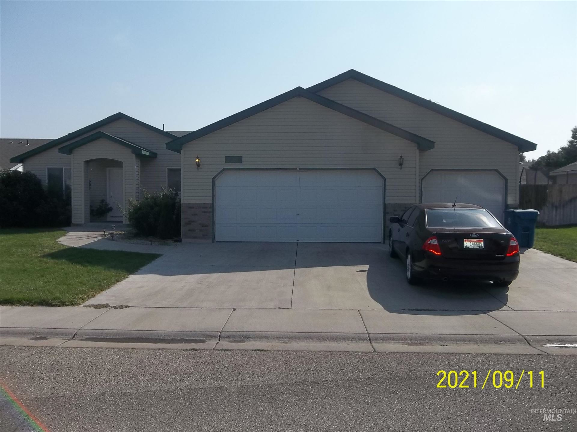 1240 SW Eric Court, Mountain Home, ID 83647 - MLS#: 98818647